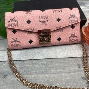 MCM Patricia Crossbody wallet viseto pink purse